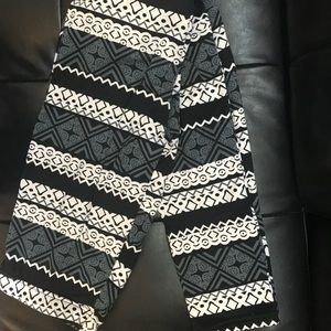 Shosho Legging Details in pictures
